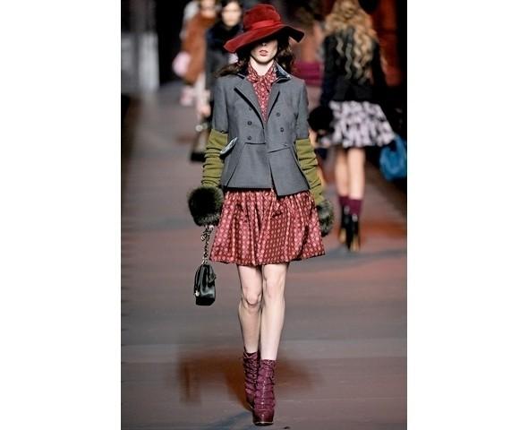 Показ Dior FW 2011. Изображение № 4.