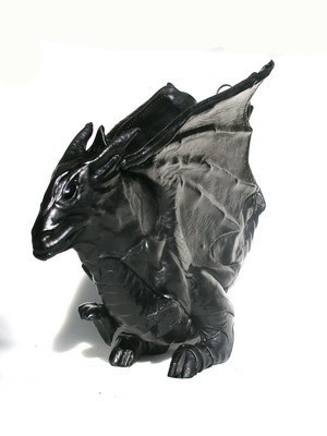 Увас дракон наспине. Изображение № 1.