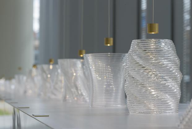 В MIT показали печать расплавленным стеклом иизделия изнего. Изображение № 19.