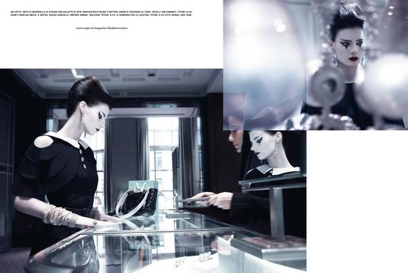 Съёмка: Кверелле Янсен для Vogue. Изображение № 4.