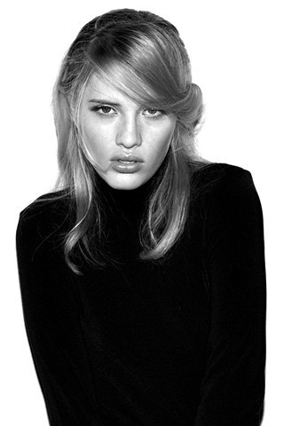 23 модели 2010 года по мнению Vogue.com. Изображение № 1.