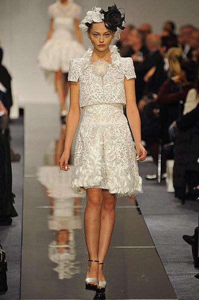 Chanel Spring 2009 Haute Couture. Изображение № 18.