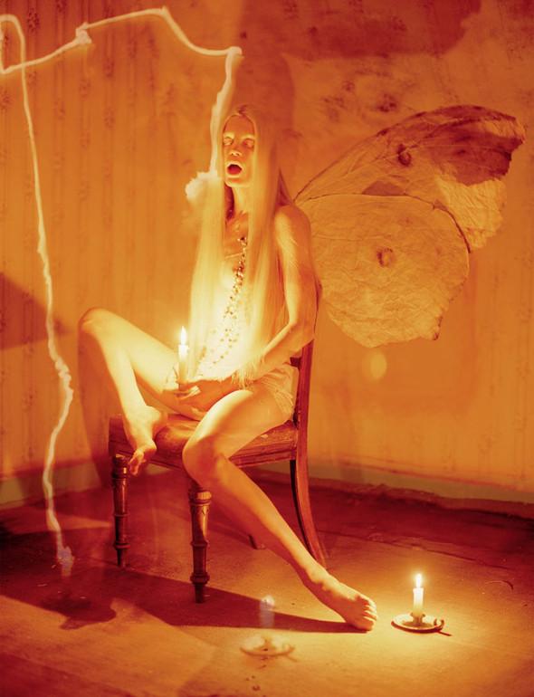 Съёмка: Кристен Макменами в объективе Тима Уокера. Изображение № 6.