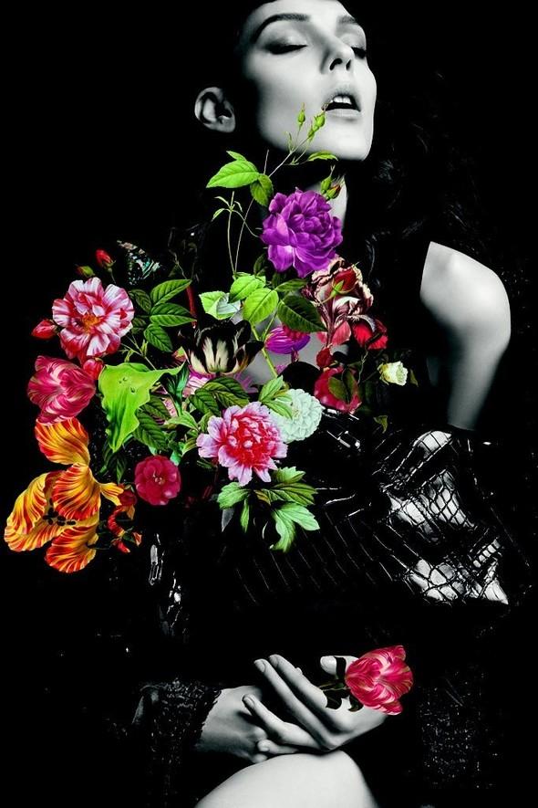 Превью кампаний: Balenciaga, Nina Ricci, Valentino и другие. Изображение № 6.