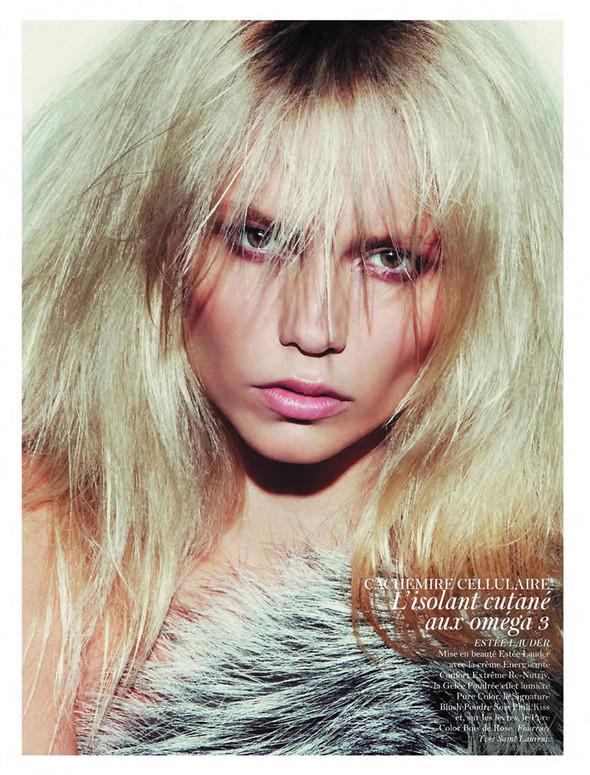 Съёмка: Аризона Мьюз, Каролина Куркова, Наташа Поли и другие для французского Vogue. Изображение № 9.