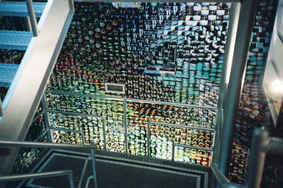 Галерея-магазин Ломографии вНью-Йорке. Изображение № 20.