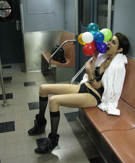 DIESEL показал снимки backstage со съемок Be Stupid. Изображение № 6.