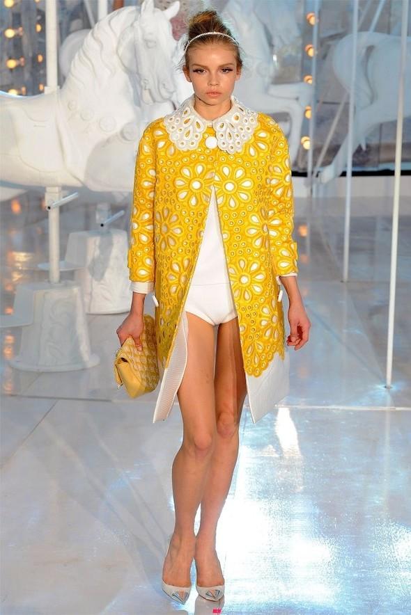 Неделя моды в Париже: Louis Vuitton весна 2012. Изображение № 42.
