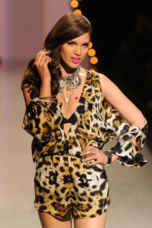 New York Fashion Week: Betsey Johnson Spring 2012. Изображение № 48.