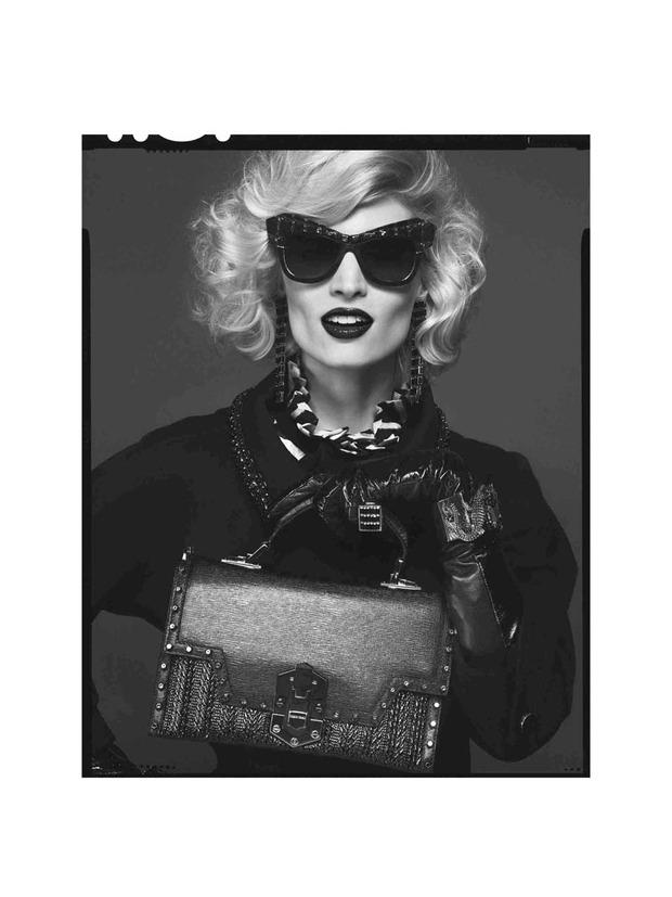 Вышли новые лукбуки Joie, Roberto Cavalli, Juicy Couture и других марок. Изображение № 196.