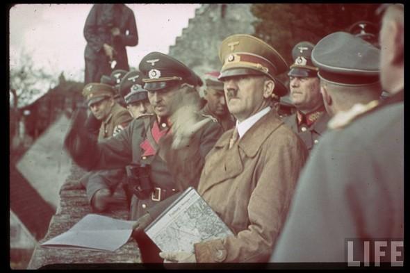 100 цветных фотографий третьего рейха. Изображение № 96.