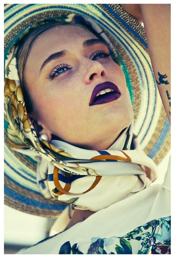 Съемка: Viviane Orth 4 Le Lis Blanc. Изображение № 1.