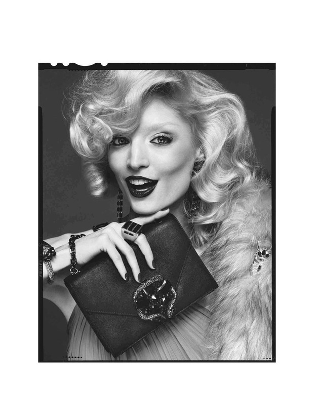 Вышли новые лукбуки Joie, Roberto Cavalli, Juicy Couture и других марок. Изображение № 218.