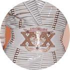 Кутюр в деталях: Принты в виде карт таро и боксерские пояса на Versace. Изображение № 6.