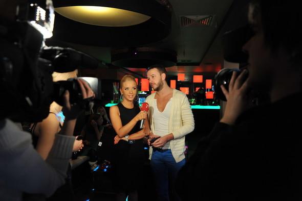 Девушка Блонда стала DJ Lady Blond и презентовала клип. Изображение № 4.