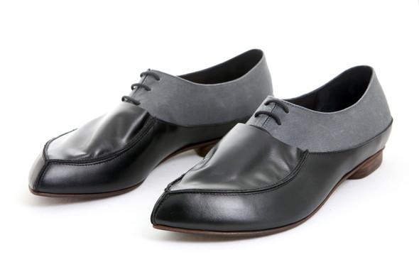 Проба пера латвийских обувщиков. Изображение № 7.