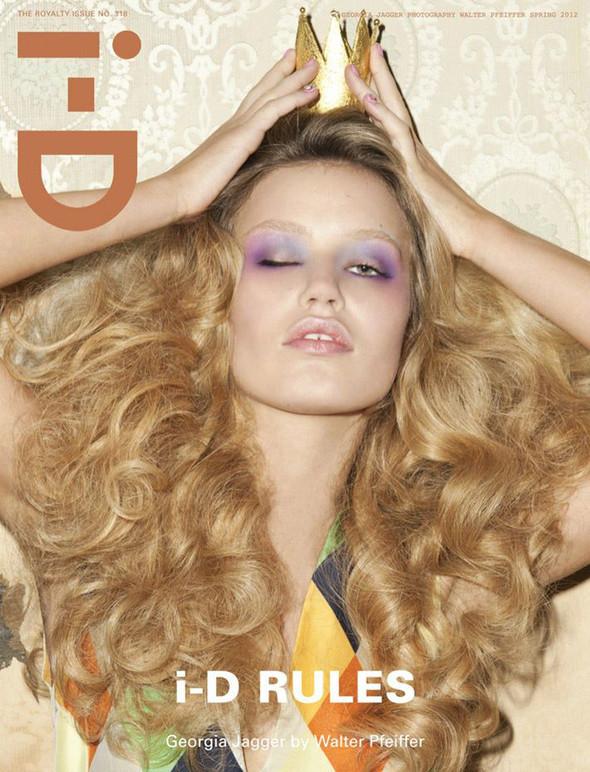 Обложки: i-D, Harper's Bazaar и Vogue. Изображение № 2.