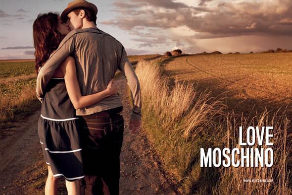 Moschino : шутник ихулиган итальянской моды. Изображение № 2.