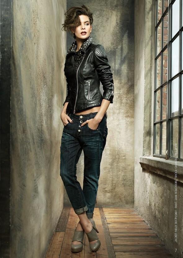 Лукбук: Fornarina Jeans FW2011. Изображение № 3.