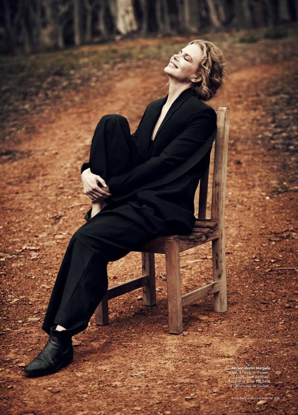 Съёмки: Interview, Harper's Bazaar, V и другие. Изображение № 22.