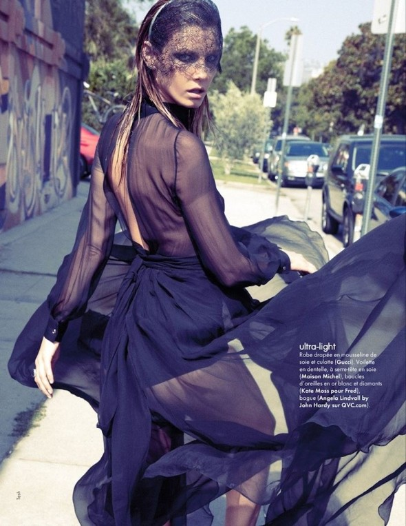 Съемка: Анджела Линдвалл для французского Elle. Изображение № 10.