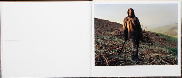 12 альбомов фотографий непривычной Африки. Изображение № 40.