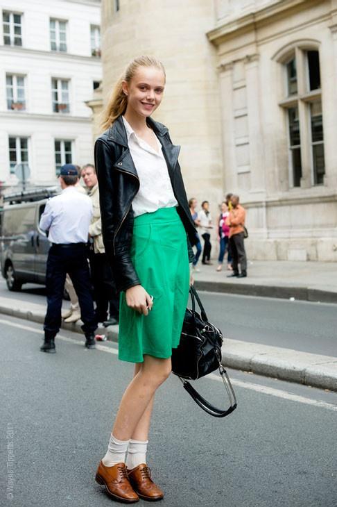 Уличный стиль на Неделе высокой моды в Париже. Изображение № 126.