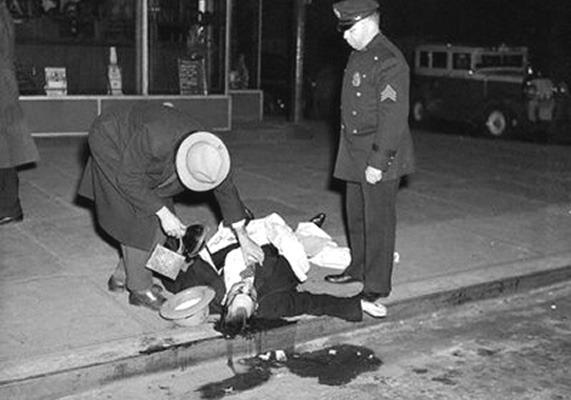 Закон и беспорядок: 10 фотоальбомов о преступниках и преступлениях. Изображение № 29.