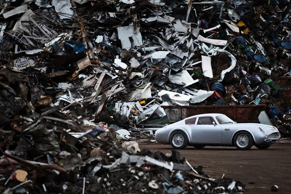 Воскрешение Aston Martin DB4 GT Zagato. Изображение № 10.
