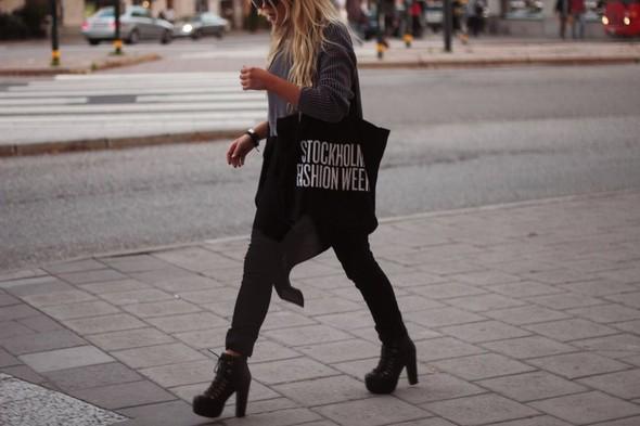 Fanny Lycman. Fashion-блоггер из Стокгольма. Изображение № 7.