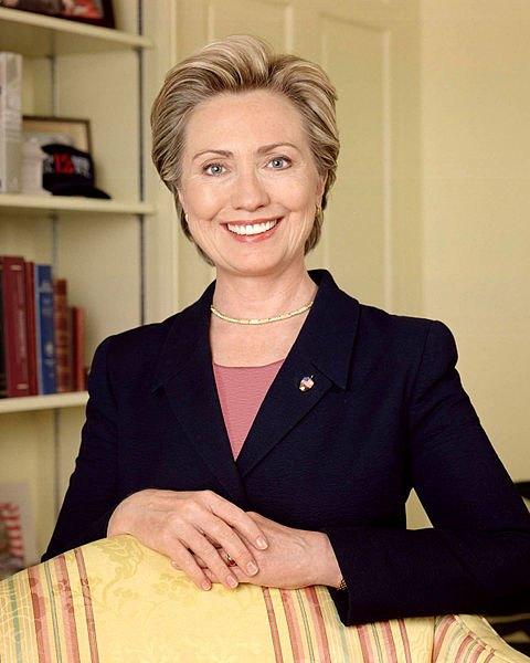 Хиллари Клинтон (официальный портрет Сената США). Изображение № 1.