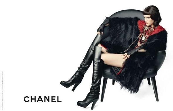 Рекламная кампания Chanel Pre–Fall. Изображение № 2.