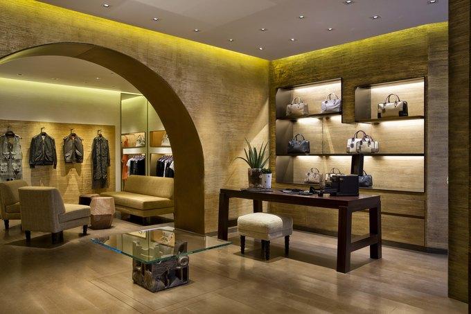 Loewe, Louis Vuitton и MM6 открыли новые магазины. Изображение № 1.