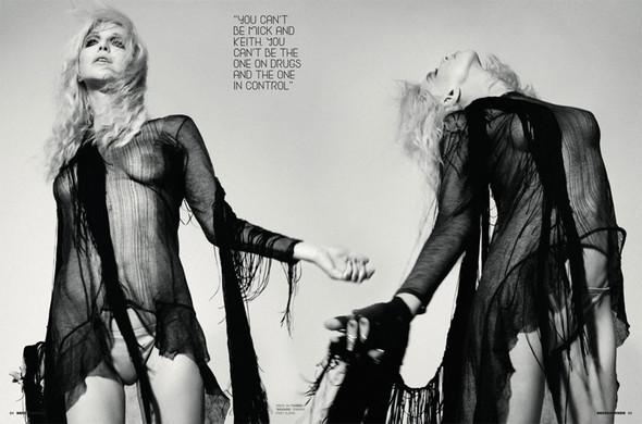 Кортни Лав в январском номере Dazed&Confused. Изображение № 4.