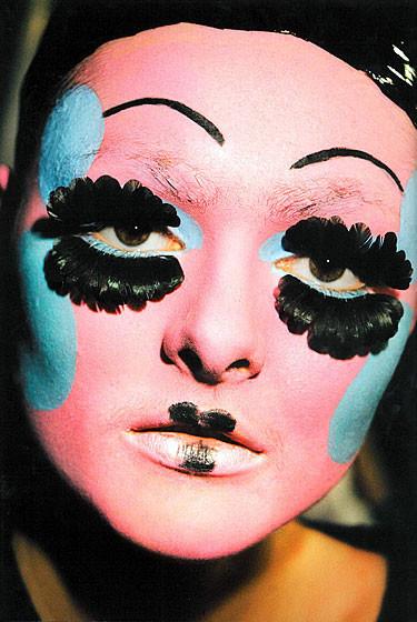 Роксанна Лоуит: за кулисами Dior. Изображение № 21.