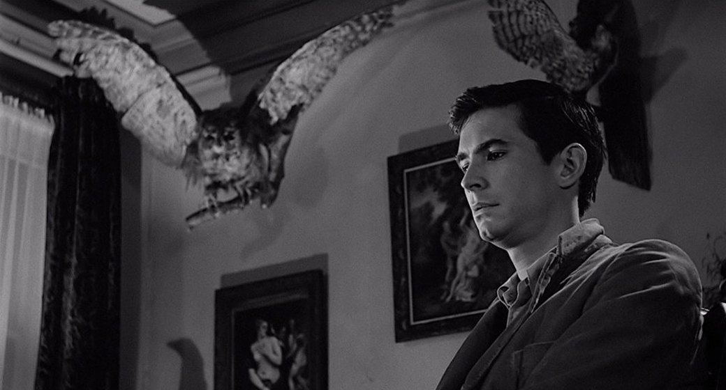 an analysis of norman bates in psycho Norman bates: a psycho analysis the plot of psycho marion crane is on the run after she steals $40,000 she stops at the bates motel to rest and meets norman.