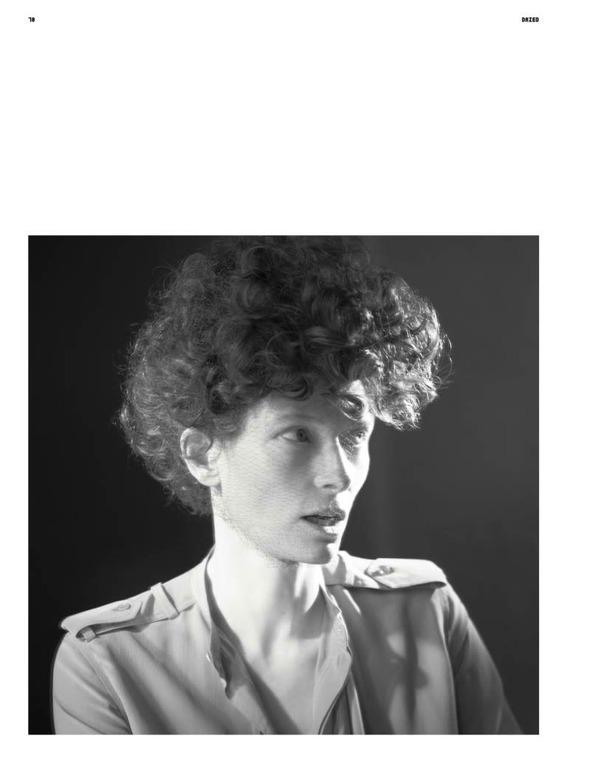 Фэшн-видео с Тильдой Суинтон и еще 10 модных съемок актрисы. Изображение № 32.