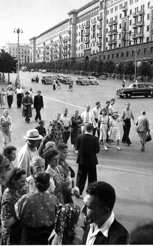 Советская Москва глазами Анри Картье-Брессона. Изображение № 36.