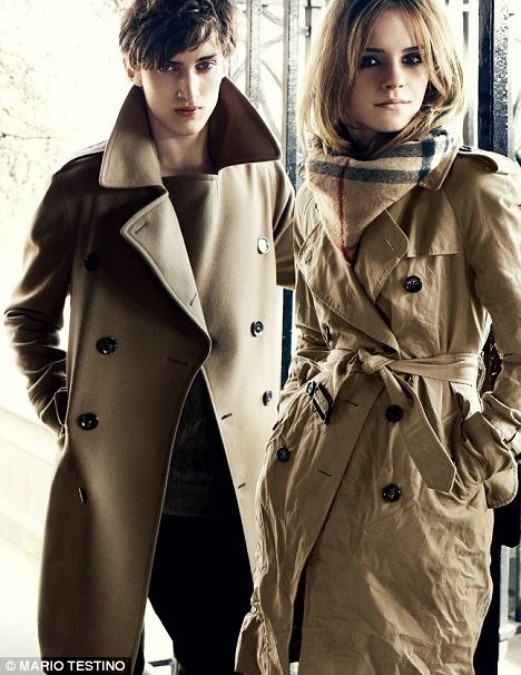 Emma Watson for Burberry : AutumnWinter 2009–2010. Изображение №2.