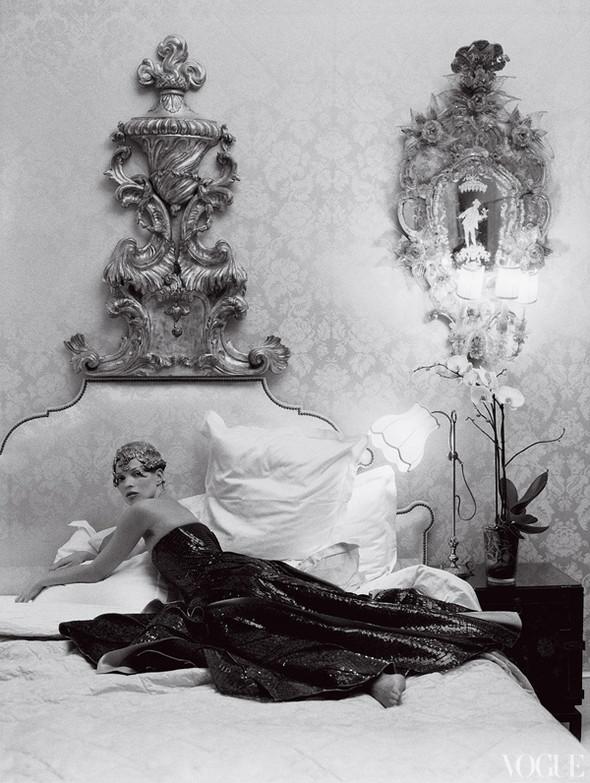 Кейт Мосс в апрельском Vogue US. Изображение № 12.