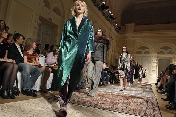 Изображение 20. A'la Russe FW 2011: пальто в пол и широкие брюки.. Изображение № 20.
