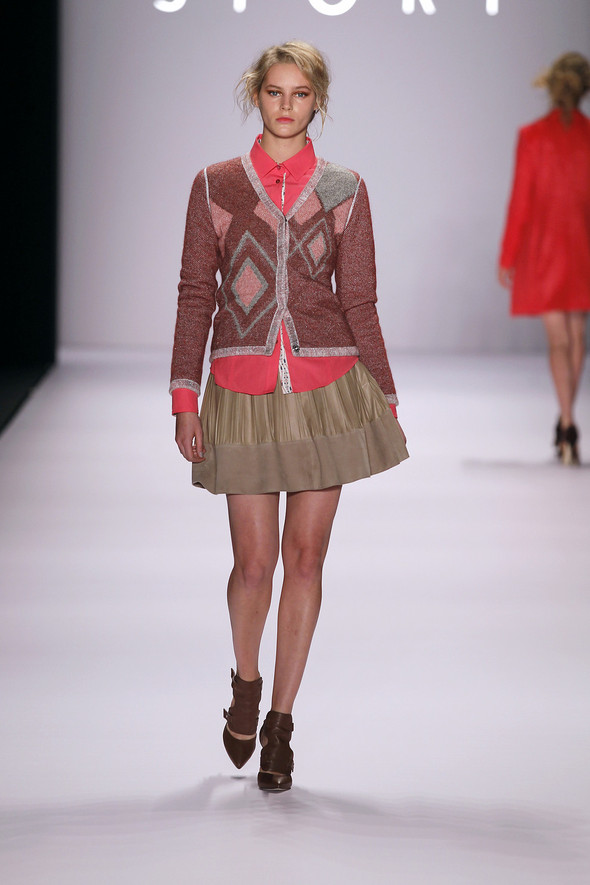 Berlin Fashion Week A/W 2012: Escada Sport. Изображение № 15.