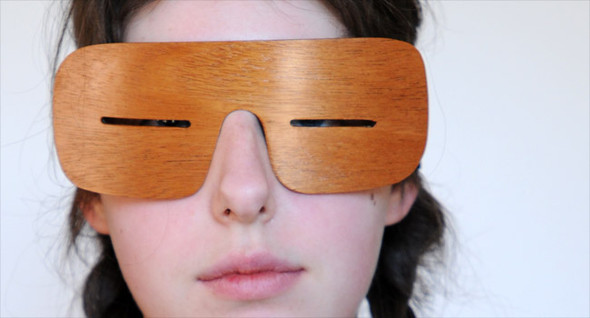 Узкоглазые деревянные очки. Изображение № 1.