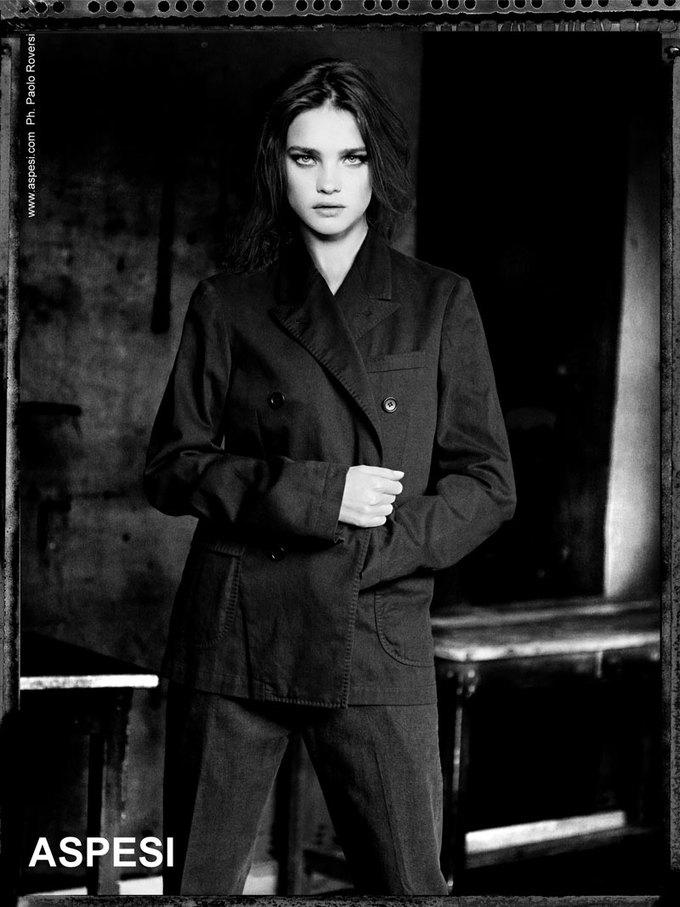 Вышли новые кампании Acne, Dior и Prada. Изображение № 16.