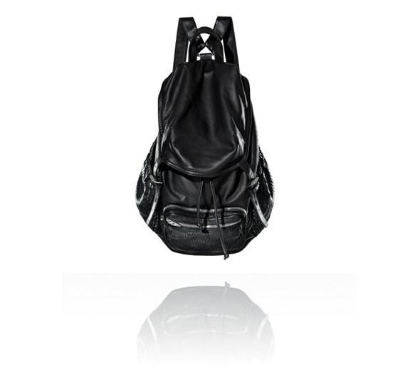 Лукбуки: сумки. Изображение № 1.