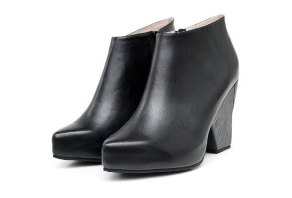 Лукбуки: обувь. Изображение № 31.