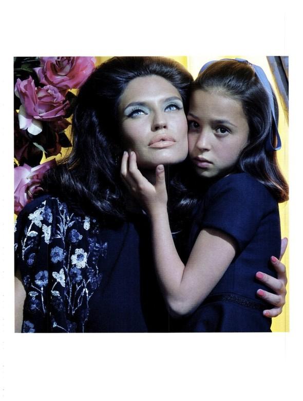 Съёмка: Бьянка Балти для итальянского Vogue. Изображение № 11.