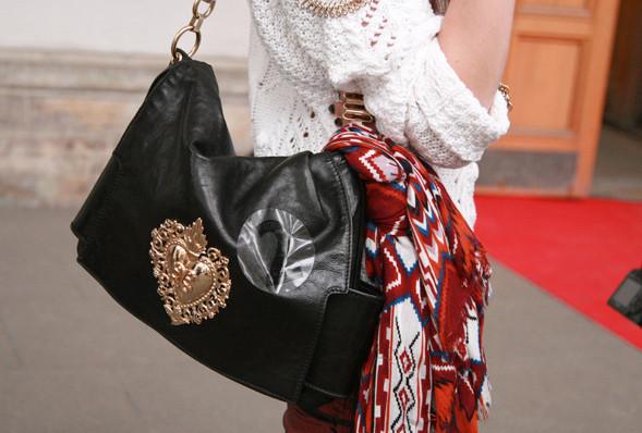 Изображение 20. Детали: Aurora Fashion Week.. Изображение № 19.
