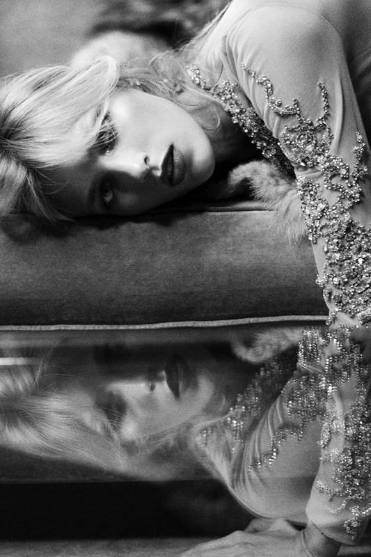 Съёмка: Аня Рубик для Self Service. Изображение № 10.