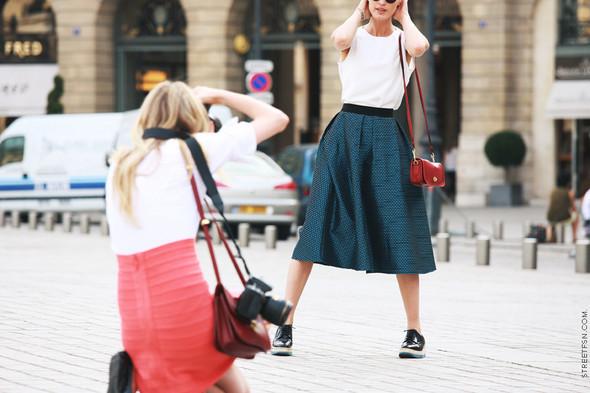 Уличный стиль на Неделе высокой моды в Париже. Изображение № 95.
